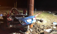2 teenage passengers dead after car crashes in Southern Indiana following police chase